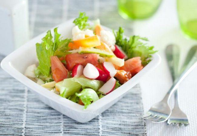 Овощной салат с кабачками | Рецепты с фото