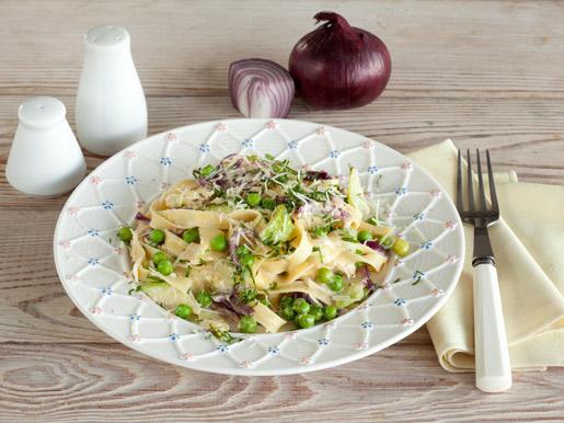 Паста с кабачками и зеленым горошком | Рецепты с фото