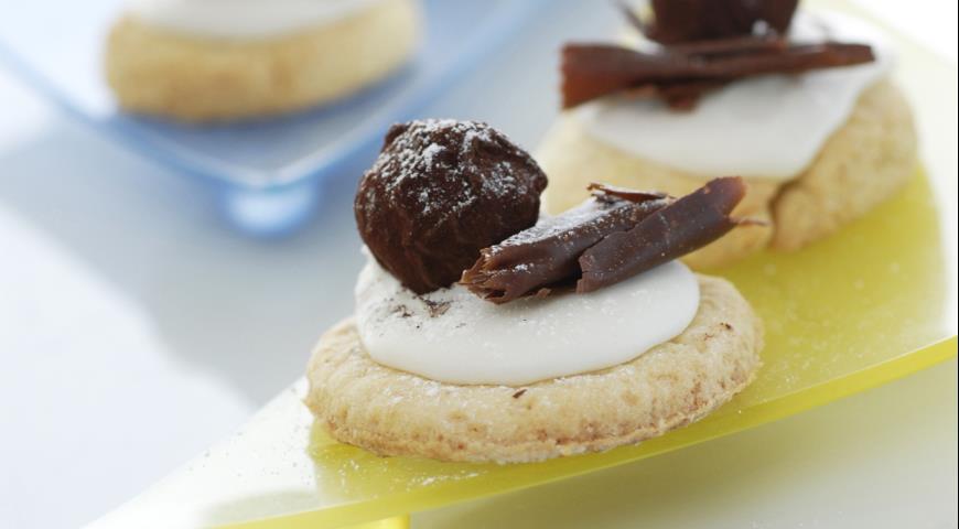 Печенье с шоколадными шариками | Рецепты с фото