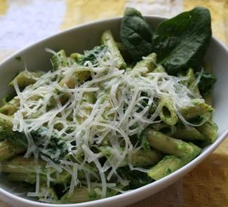 Пенне со шпинатным соусом | Рецепты с фото