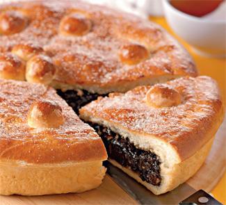 Пирогъ съ черносливомъ | Рецепты с фото