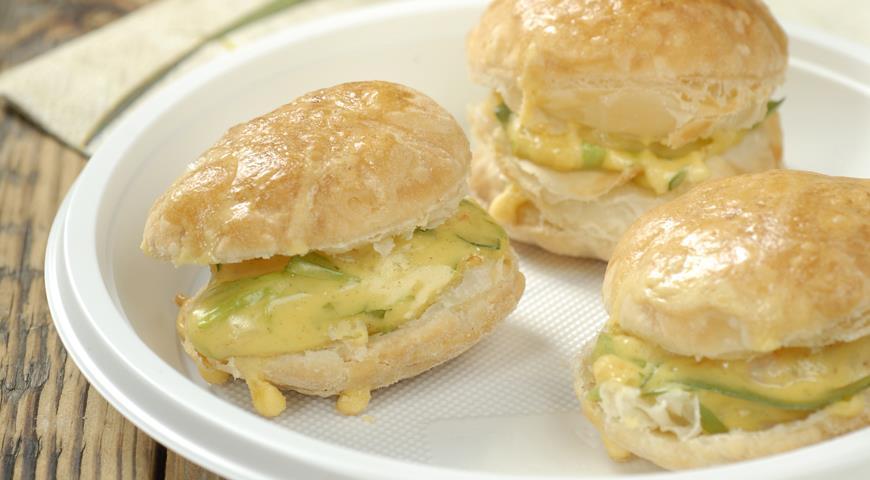 Пирожки с крабовым мясом | Рецепты с фото