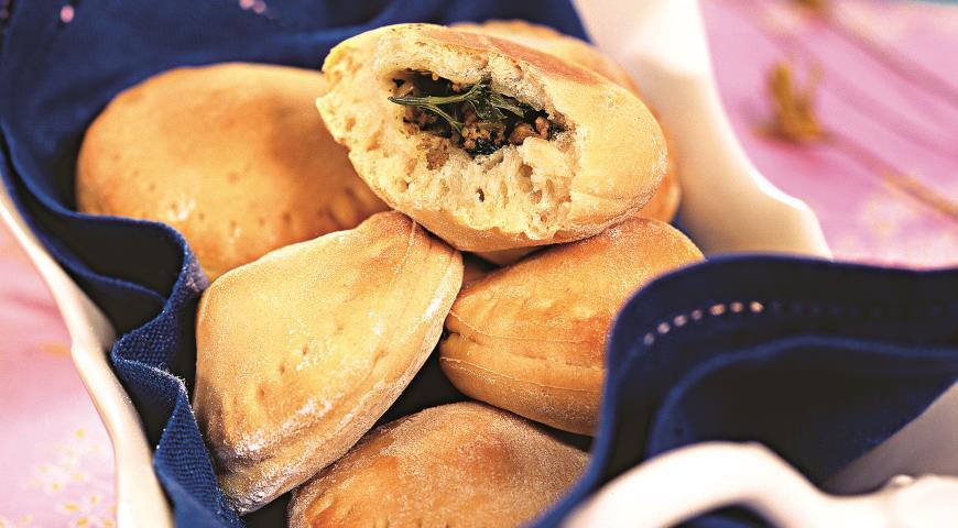 Пирожки с начинкой из сердца индейки | Рецепты с фото