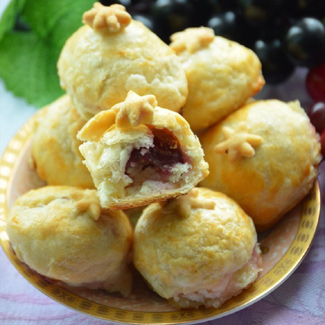 Пирожные с виноградом | Рецепты с фото