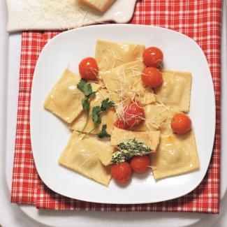Равиоли со шпинатом ирикоттой | Рецепты с фото