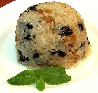 Рисовый пудинг с курагой и грецкими орехами | Рецепты с фото