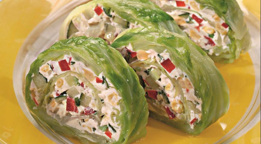 Рулет из листьев молодой капусты | Рецепты с фото