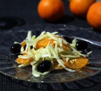 Салат из фенхеля и апельсинов с маслинами | Рецепты с фото