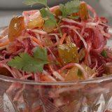 Салат из капусты со свеклой | Рецепты с фото