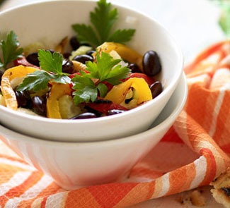 Салат из красной фасоли с перцем-гриль   Рецепты с фото