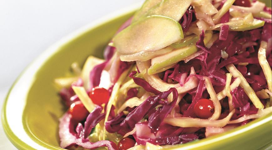 Салат из краснокочанной и белокочанной капусты   Рецепты с фото