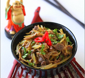 Салат из куриных желудочков по-корейски | Рецепты с фото