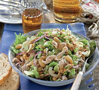 Салат из курицы и фасоли | Рецепты с фото