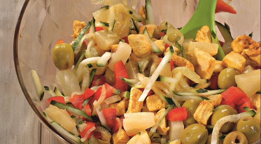 Салат из курицы с ананасом | Рецепты с фото