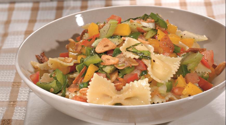 Салат из пасты с овощами | Рецепты с фото