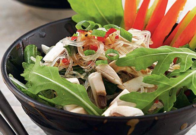 Салат из прозрачной вермишели с овощами | Рецепты с фото