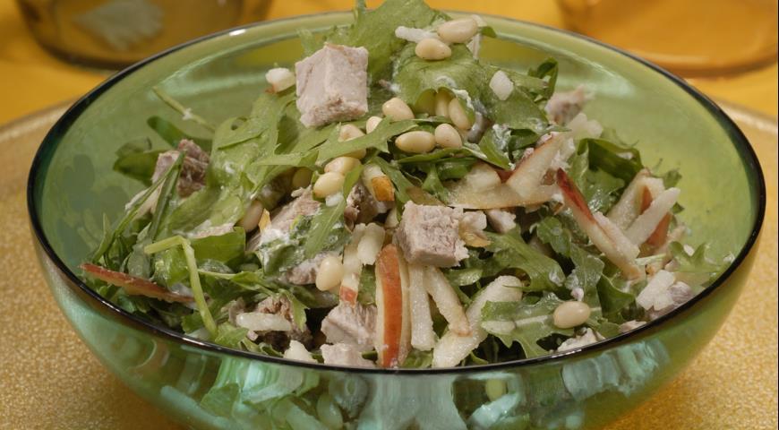Салат из свиного окорока с грушами | Рецепты с фото
