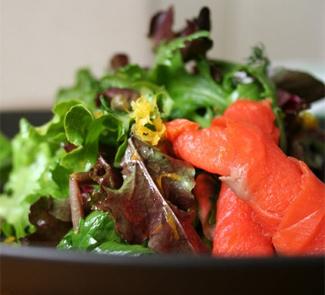 Салат из цветной капусты и семги   Рецепты с фото