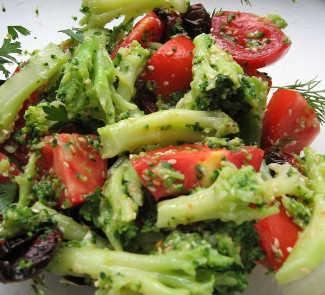 Салат с брокколи и вялеными помидорами   Рецепты с фото