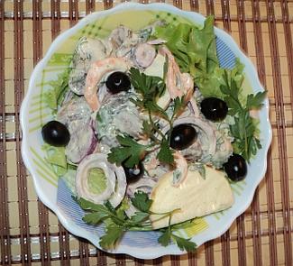 Салат с креветками Любимый | Рецепты с фото