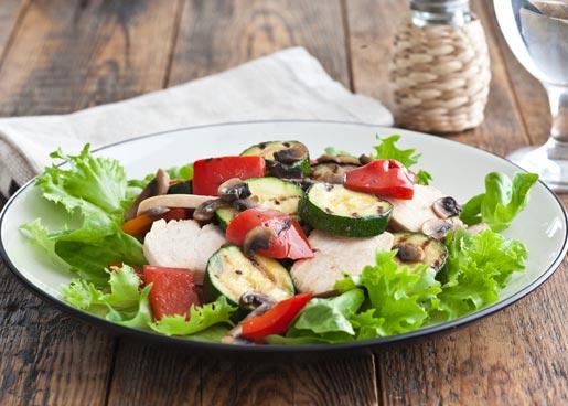 Салат с курицей и овощами | Рецепты с фото