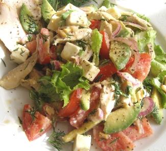 Салат с запеченной куриной грудкой, овощами и адыгейским сыром   Рецепты с фото