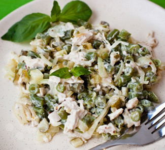 Салат Зеленый из стручковой фасоли и курицы | Рецепты с фото