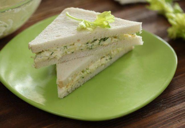 Сэндвичи с яичным салатом | Рецепты с фото