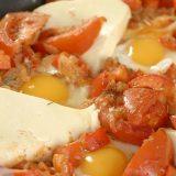 Шакшука со сладким перцем и брынзой | Рецепты с фото