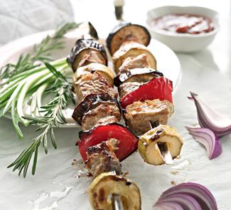 Шашлык из свинины в овощном маринаде | Рецепты с фото
