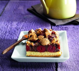 Шоколадно-кремовый пирог с вишней | Рецепты с фото