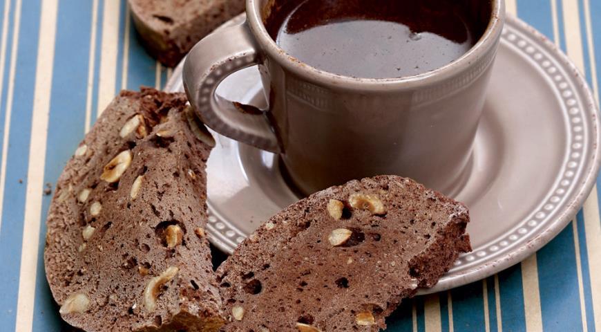 Шоколадные бискотти с фундуком | Рецепты с фото