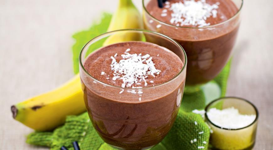 Шоколадный смузи с кокосовым молоком | Рецепты с фото