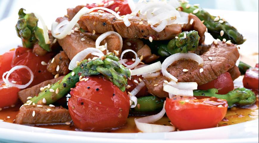 Свинина с овощами в пряном соусе   Рецепты с фото