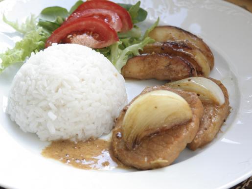 Свинина с яблоками по-нормандски | Рецепты с фото