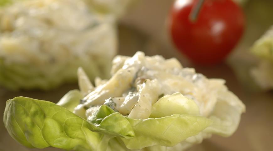 Сырная закуска с яблоками | Рецепты с фото