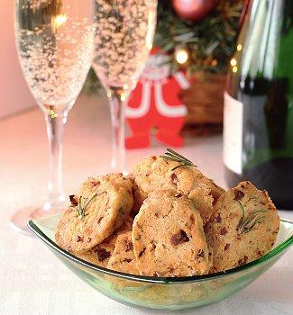 Сырное печенье кшампанскому | Рецепты с фото