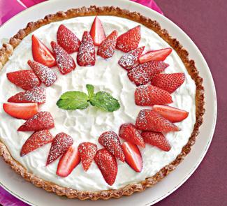 Тарт с клубникой и творожно-йогуртовой начинкой | Рецепты с фото