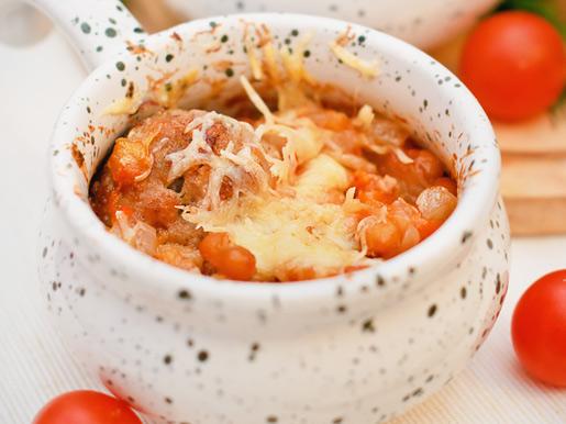 Тефтели с фасолью, запеченные в горшочках | Рецепты с фото