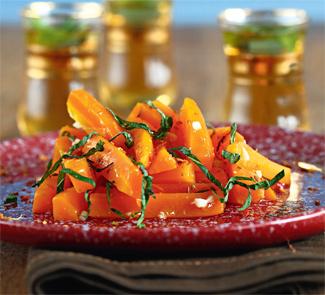 Теплый морковный салат со специями | Рецепты с фото