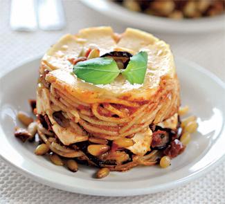 Тимбаллини из спагетти с баклажанами и кедровыми орехами | Рецепты с фото