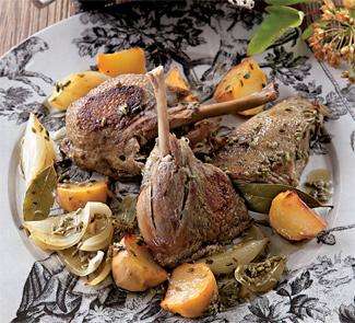 Тушеная утка с репой и белым луком | Рецепты с фото