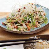 Вьетнамский крабовый салат с жареной вермишелью | Рецепты с фото