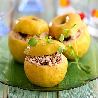 Яблоки фаршированные курицей в мультиварке | Рецепты с фото