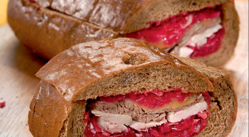 Закрытые бутерброды с красной капустой | Рецепты с фото
