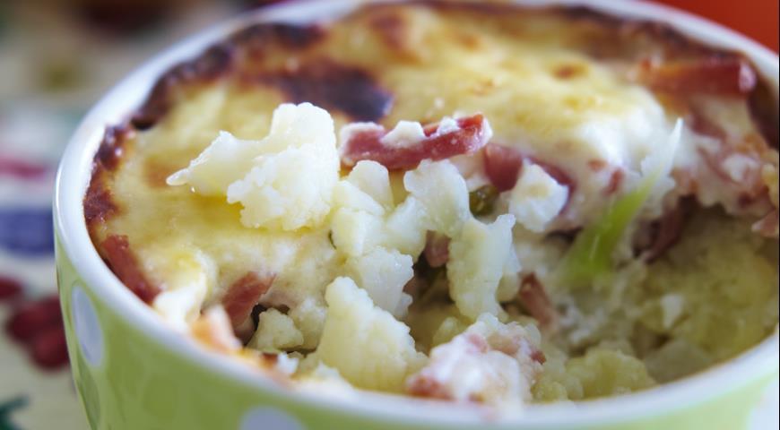 Запеканка из цветной  капусты с сырным соусом | Рецепты с фото
