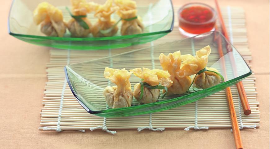 Жареные вонтоны скреветками исвининой | Рецепты с фото